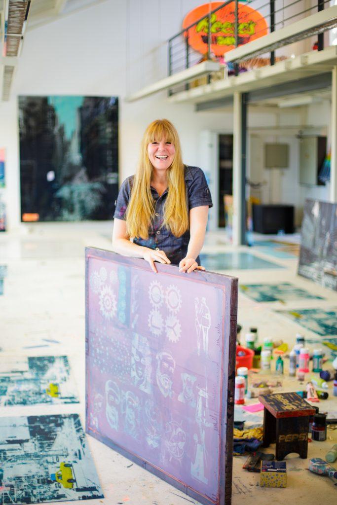 Sandra Rauch in ihrem Atelier